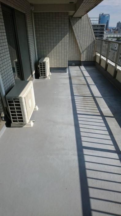 大阪市FRP防水のトップ塗り替え工事Before